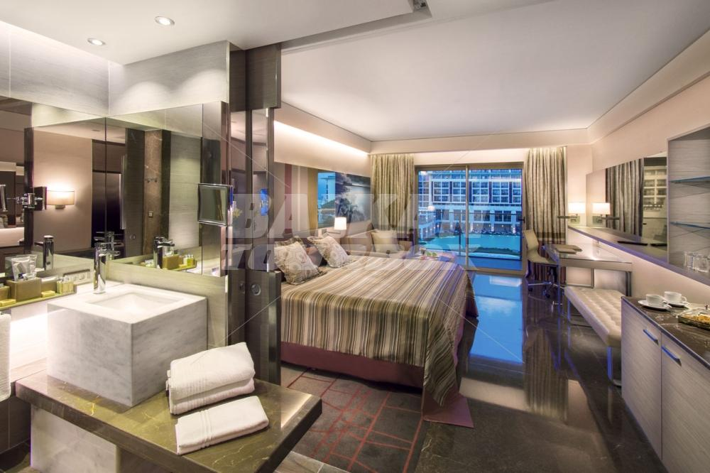 Hotel rixos premium 5 holiday in turkey for Big box hotel bomonti