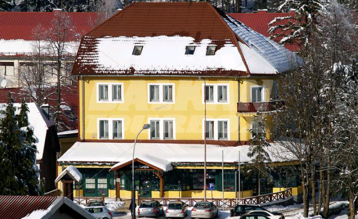 Hotel risnjak 3 holiday in croacia for Big box hotel bomonti