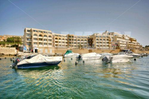 Holiday In Marina Hotel Corinthia Beach Resort