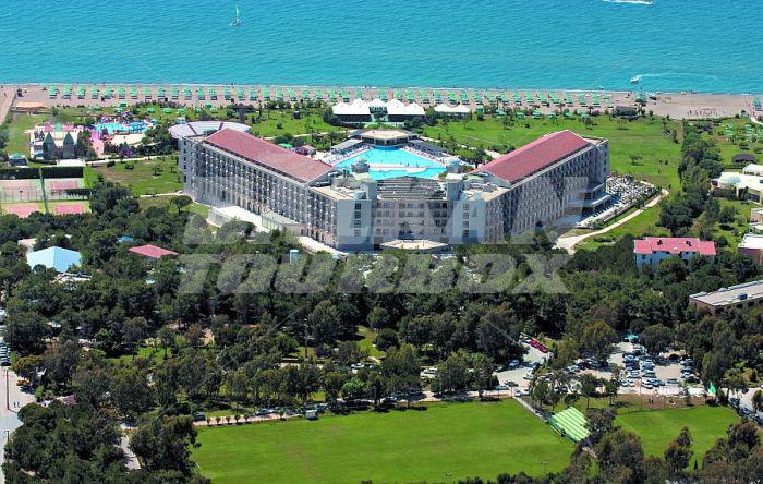 Hotel riu kaya belek 5 holiday in turkey for Big box hotel bomonti