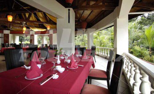 Резултат с изображение за Хотел Berjaya Beau Vallon Bеach Resort