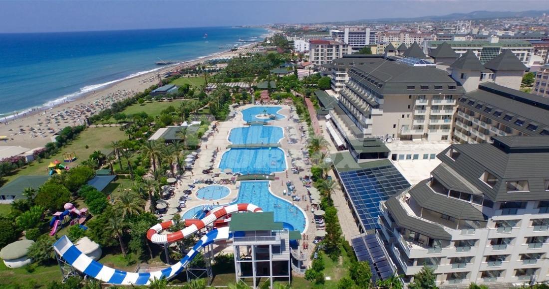 Mc arancia resort 5 for Big box hotel bomonti