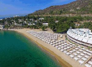Tosca Beach - early booking