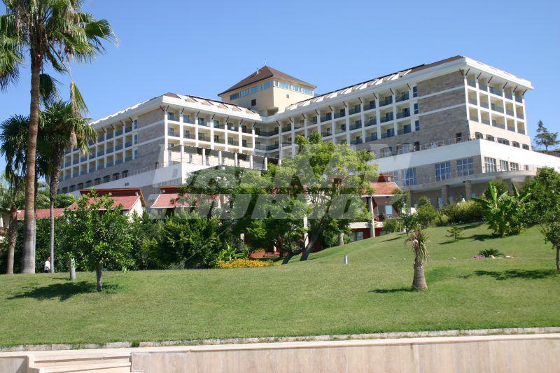 Hotel horus paradise luxury resort 5 holiday in turkey for Big box hotel bomonti