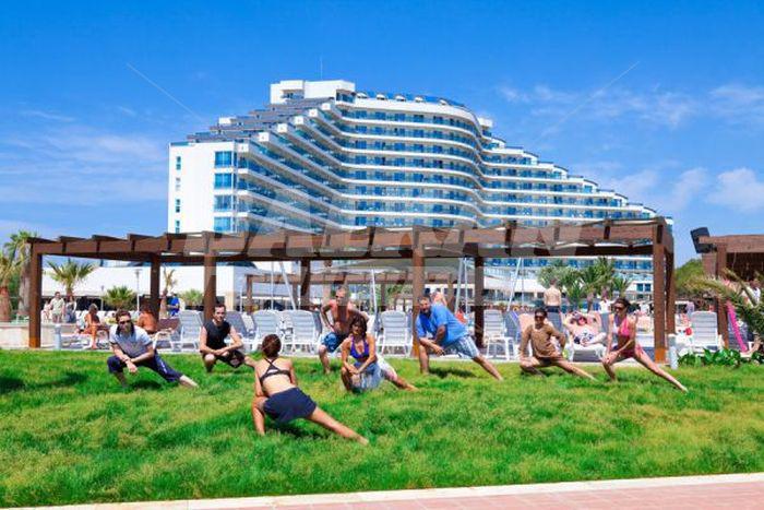 Hotel venosa beach resort and spa 5 holiday in turkey for Big box hotel bomonti